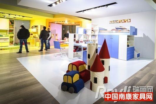 2013年米兰家具展上展出的产品