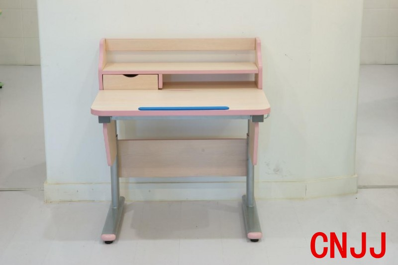 儿童书桌图片(1)